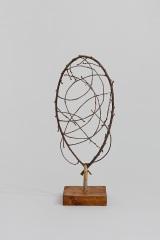 Entangling, 1998, wood,  45 x 15 x 5 cm